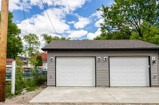 Photo 4: 11252 93 Street in Edmonton: Zone 05 Duplex Front and Back for sale : MLS®# E4208944