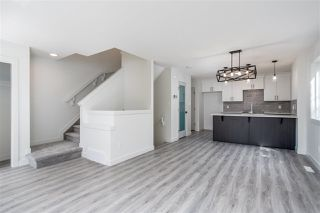 Photo 14: 11252 93 Street in Edmonton: Zone 05 Duplex Front and Back for sale : MLS®# E4208944