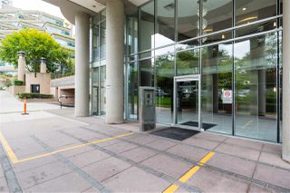"""Photo 3: 2307 555 JERVIS Street in Vancouver: Coal Harbour Condo for sale in """"Harbourside Park"""" (Vancouver West)  : MLS®# R2489146"""