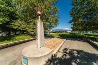 """Photo 23: 2307 555 JERVIS Street in Vancouver: Coal Harbour Condo for sale in """"Harbourside Park"""" (Vancouver West)  : MLS®# R2489146"""