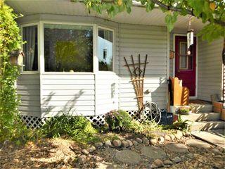 Photo 3: 7 Garden Crescent: St. Albert Attached Home for sale : MLS®# E4215389