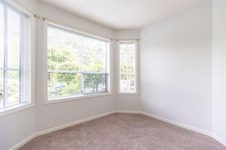Photo 9: 101 15290 18 AVENUE in Surrey: King George Corridor Condo for sale (South Surrey White Rock)  : MLS®# R2462132