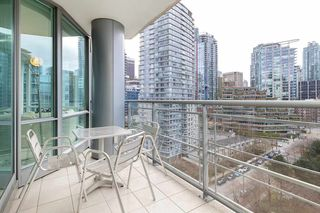 """Photo 23: 1103 323 JERVIS Street in Vancouver: Coal Harbour Condo for sale in """"Escala"""" (Vancouver West)  : MLS®# R2527728"""