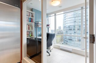 """Photo 18: 1103 323 JERVIS Street in Vancouver: Coal Harbour Condo for sale in """"Escala"""" (Vancouver West)  : MLS®# R2527728"""