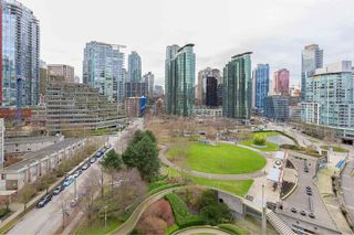 """Photo 24: 1103 323 JERVIS Street in Vancouver: Coal Harbour Condo for sale in """"Escala"""" (Vancouver West)  : MLS®# R2527728"""