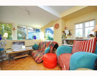 Photo 12: 4521 JOHN Street in Vancouver: Main House for sale (Vancouver East)  : MLS®# V797178