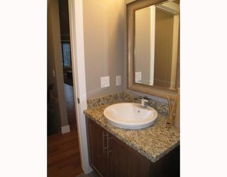 Photo 7: A1 2020 27 Avenue SW in CALGARY: South Calgary Townhouse for sale (Calgary)  : MLS®# C3412383