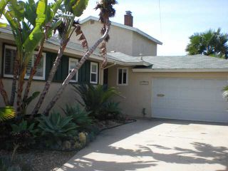 Photo 2: CLAIREMONT House for sale : 4 bedrooms : 3242 Fontana in San Diego
