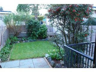 Photo 15: 35 610 McKenzie Ave in VICTORIA: SW Glanford Row/Townhouse for sale (Saanich West)  : MLS®# 531206