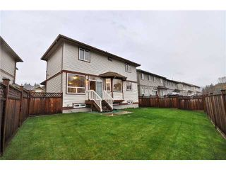 "Photo 10: 23390 GRIFFEN Road in Maple Ridge: Cottonwood MR House for sale in ""VILLAGE AT KANAKA"" : MLS®# V866766"