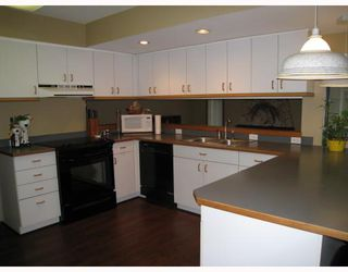 Photo 4: 978 HARTFORD Place in North_Vancouver: Windsor Park NV House for sale (North Vancouver)  : MLS®# V750819