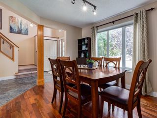 Photo 3: 276 MT ABERDEEN Circle SE in Calgary: McKenzie Lake Detached for sale : MLS®# C4257942