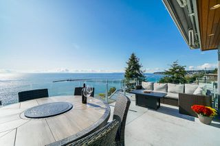 Photo 10: 15240 VICTORIA Avenue: White Rock House for sale (South Surrey White Rock)  : MLS®# R2411929