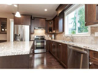 "Photo 9: 21024 79A Avenue in Langley: Willoughby Heights House for sale in ""Yorkson South"" : MLS®# R2411985"