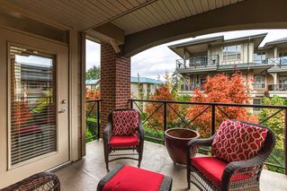 "Photo 17: 201 15357 17A Avenue in Surrey: King George Corridor Condo for sale in ""THE MADISON"" (South Surrey White Rock)  : MLS®# R2413864"