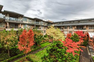 "Photo 2: 201 15357 17A Avenue in Surrey: King George Corridor Condo for sale in ""THE MADISON"" (South Surrey White Rock)  : MLS®# R2413864"