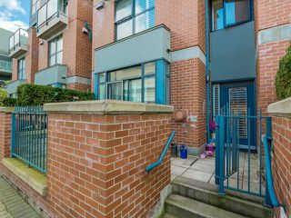 Photo 17: 103 2688 VINE Street in Vancouver West: Home for sale : MLS®# V1115409