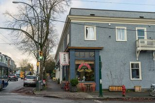 Photo 4: 3620 W 2ND Avenue in Vancouver: Kitsilano House for sale (Vancouver West)  : MLS®# R2432071