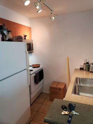 Photo 2: 506 2763 CHANDLERY Place in Vancouver: South Marine Condo for sale (Vancouver East)  : MLS®# R2437894