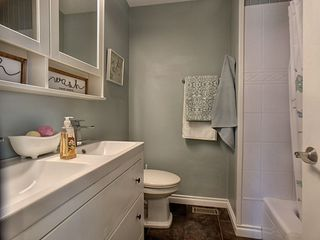 Photo 17: 119 GAINSBORO Place: Sherwood Park House for sale : MLS®# E4191842