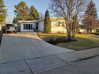 Photo 1: 119 GAINSBORO Place: Sherwood Park House for sale : MLS®# E4191842