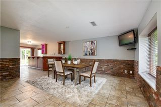 Photo 9: VISTA House for sale : 4 bedrooms : 340 Penrod Court