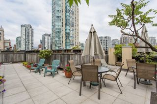 """Photo 16: 303 1216 HOMER Street in Vancouver: Yaletown Condo for sale in """"Murchies Building"""" (Vancouver West)  : MLS®# R2456350"""