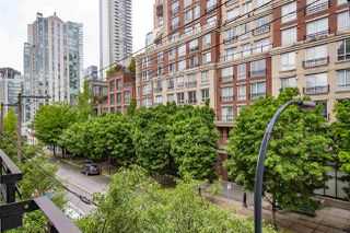 """Photo 20: 303 1216 HOMER Street in Vancouver: Yaletown Condo for sale in """"Murchies Building"""" (Vancouver West)  : MLS®# R2456350"""
