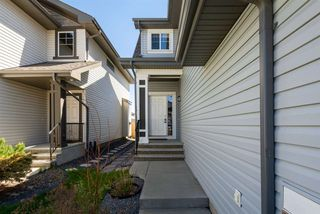 Photo 2: 16729 58A Street in Edmonton: Zone 03 House for sale : MLS®# E4199172
