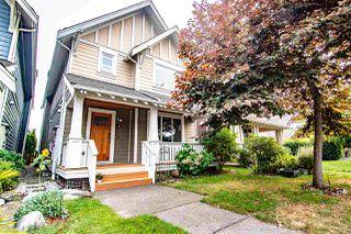 Photo 1: 215 HOLLY Avenue in New Westminster: Queensborough House for sale : MLS®# R2500800