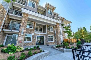 Photo 2: 409 19940 BRYDON Crescent in Langley: Langley City Condo for sale : MLS®# R2514776