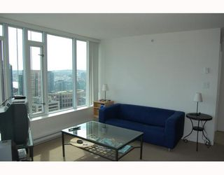 """Photo 3: 2910 610 GRANVILLE Street in Vancouver: Downtown VW Condo for sale in """"THE HUDSON"""" (Vancouver West)  : MLS®# V788589"""