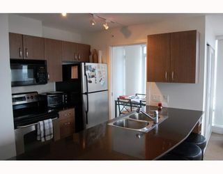 """Photo 5: 2910 610 GRANVILLE Street in Vancouver: Downtown VW Condo for sale in """"THE HUDSON"""" (Vancouver West)  : MLS®# V788589"""