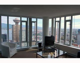 """Photo 1: 2910 610 GRANVILLE Street in Vancouver: Downtown VW Condo for sale in """"THE HUDSON"""" (Vancouver West)  : MLS®# V788589"""