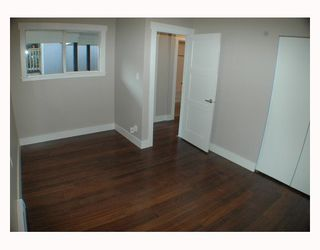 Photo 5: 1150 LILY Street in Vancouver: Grandview VE House for sale (Vancouver East)  : MLS®# V802071