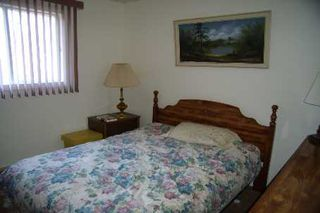 Photo 8: 30 Ridge Avenue in Lagoon City: House (Bungalow) for sale (X17: ANTEN MILLS)  : MLS®# X1825005