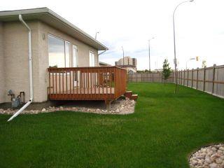 Photo 3: 1000 WILKES Avenue in WINNIPEG: River Heights / Tuxedo / Linden Woods Condominium for sale (South Winnipeg)  : MLS®# 1011443