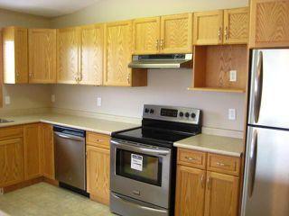 Photo 4: 1000 WILKES Avenue in WINNIPEG: River Heights / Tuxedo / Linden Woods Condominium for sale (South Winnipeg)  : MLS®# 1011443