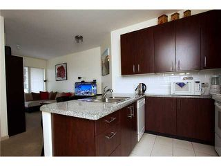 "Photo 4: 304 7388 SANDBORNE Avenue in Burnaby: South Slope Condo for sale in ""MAYFAIR PLACE"" (Burnaby South)  : MLS®# V860146"
