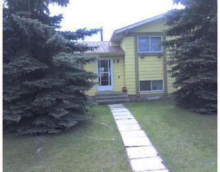 Photo 2: 2 Glenpatrick Road: Cochrane Residential Detached Single Family for sale : MLS®# C3333964