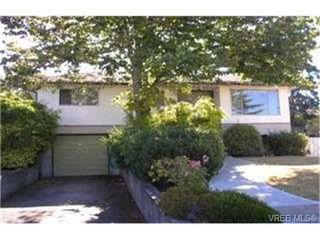 Photo 1:  in VICTORIA: SW Northridge House for sale (Saanich West)  : MLS®# 405598