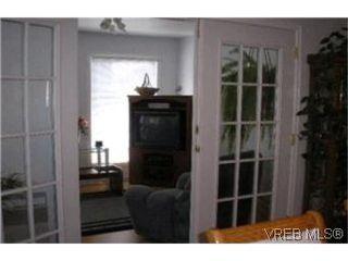 Photo 8:  in VICTORIA: Vi Mayfair Half Duplex for sale (Victoria)  : MLS®# 406654