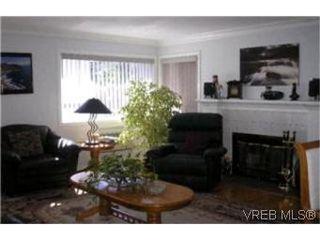 Photo 3:  in VICTORIA: Vi Mayfair Half Duplex for sale (Victoria)  : MLS®# 406654