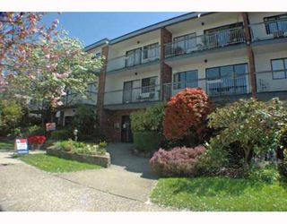 Photo 1: 208 1950 W 8TH Avenue in Vancouver: Kitsilano Condo for sale (Vancouver West)  : MLS®# V760791