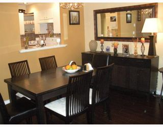 """Photo 4: 7492 HAWTHORNE Terrace in Burnaby: Highgate Townhouse for sale in """"Rockhill"""" (Burnaby South)  : MLS®# V767088"""