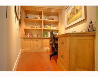 """Photo 4: 1063 MARINASIDE Crescent in Vancouver: False Creek North Townhouse for sale in """"QUAYWEST"""" (Vancouver West)  : MLS®# V775209"""