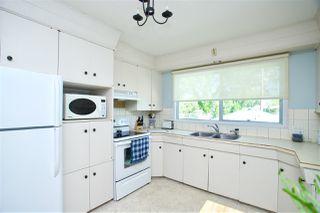 Photo 2: 3815 111A Street in Edmonton: Zone 16 House for sale : MLS®# E4167055