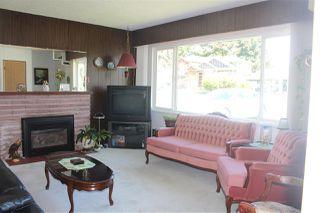 Photo 2: 10131 HELEN Drive in Surrey: Cedar Hills House for sale (North Surrey)  : MLS®# R2450578