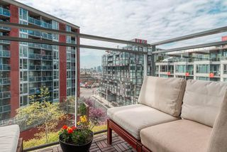 """Photo 15: 703 2321 SCOTIA Street in Vancouver: Mount Pleasant VE Condo for sale in """"THE SOCIAL"""" (Vancouver East)  : MLS®# R2451487"""