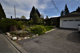 Photo 1: 33490 KIRK Avenue in Abbotsford: Poplar House for sale : MLS®# R2455265
